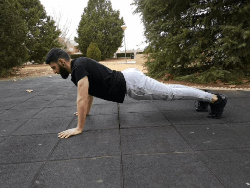 Entrenar en casa bajada flexion